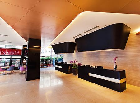 Hotel Melaka - Straits Hotel & Suites Lobby