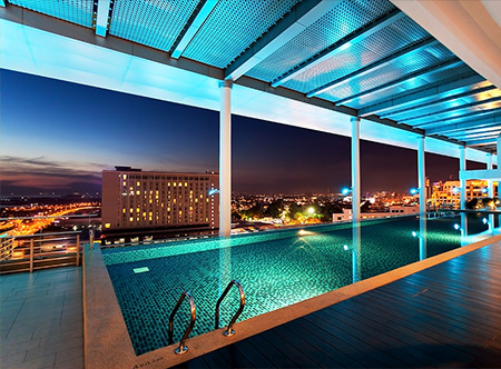 Melaka City View - Roof Top Swimming Pool